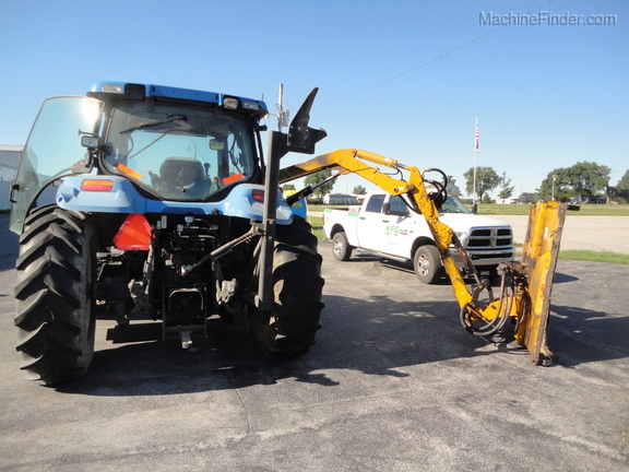 2004 New Holland TS100A Deluxe Cab Image 9