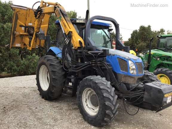 2004 New Holland TS100A Deluxe Cab Image 1