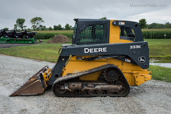 2015 John Deere 333E-2