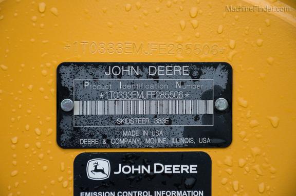 2015 John Deere 333E-21