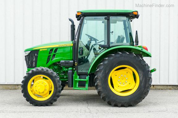 2015 John Deere 5065E-5