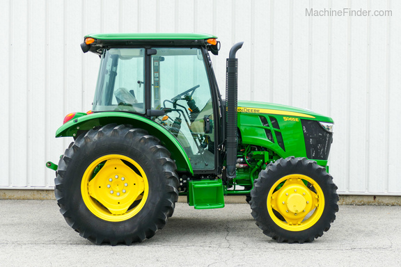 2015 John Deere 5065E-4