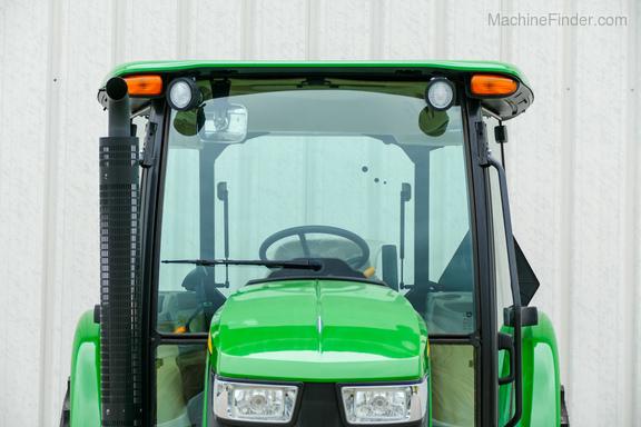 2015 John Deere 5065E-6