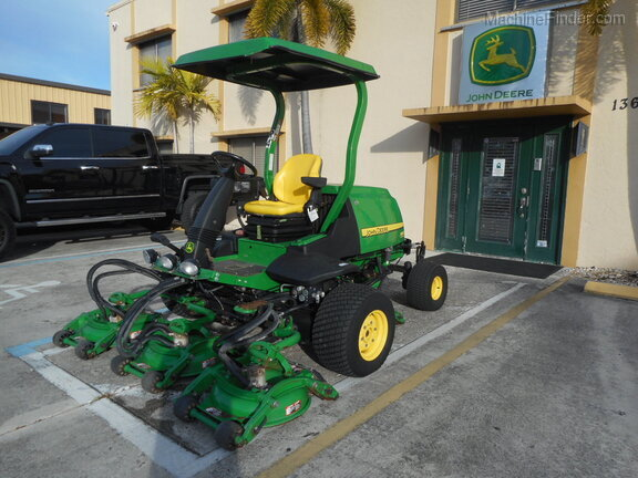 Pre-Owned John Deere 8800 in Boynton Beach, FL Photo 0