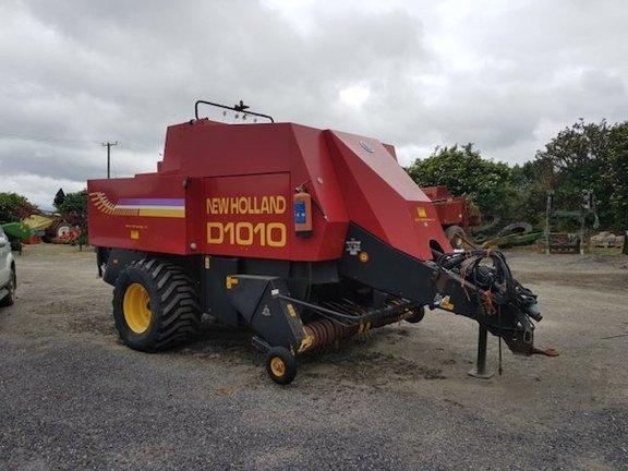 New Holland D1010