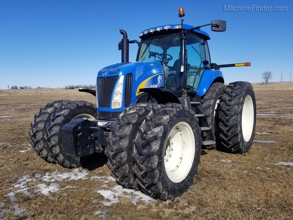 2008 New Holland T8040 Image 1
