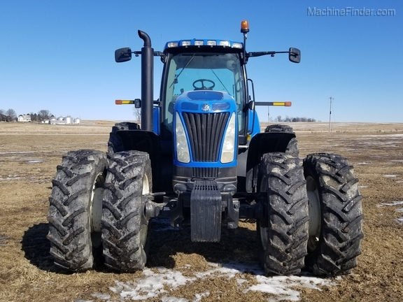 2008 New Holland T8040 Image 3