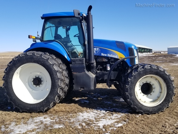 2008 New Holland T8040 Image 6