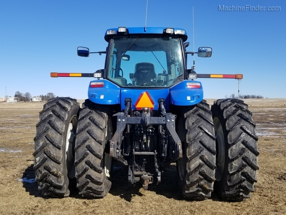 2008 New Holland T8040 Image 9