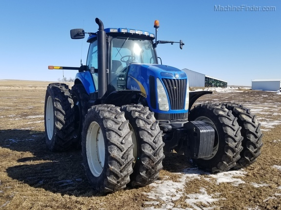 2008 New Holland T8040 Image 5