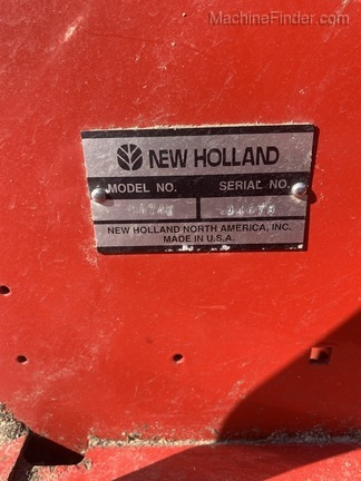 2004 New Holland BR740 Image 7