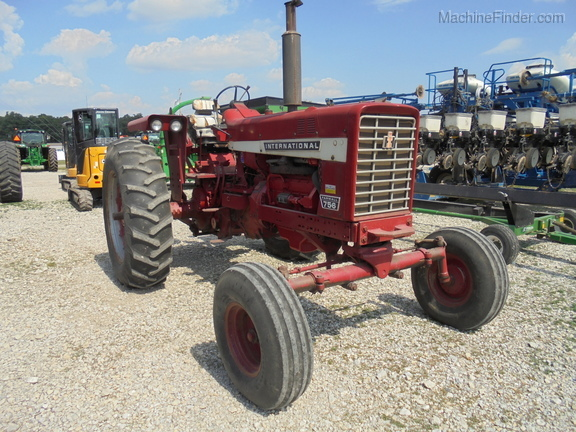 International Harvester 756