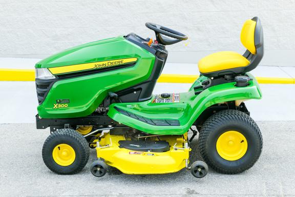 2014 John Deere X300-4