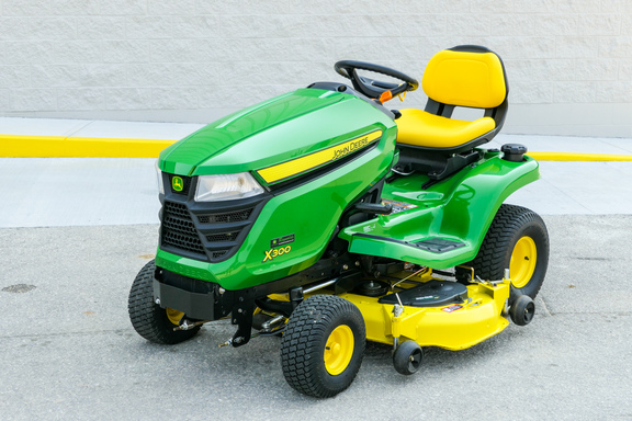 2014 John Deere X300-0