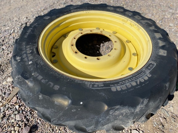 Goodyear Super Traction Radial DT800 RIM ONLY Image 2