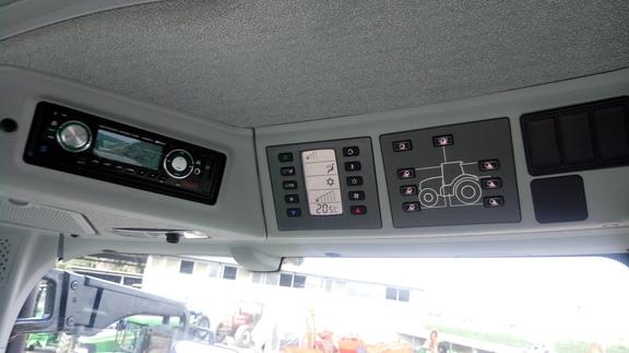 Claas Axion 810 C-Matic