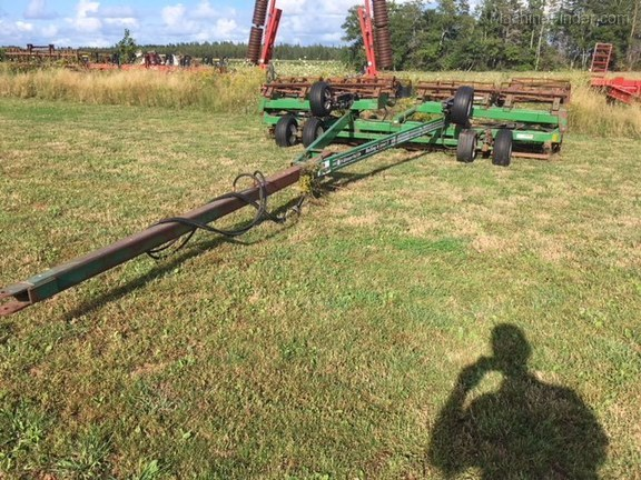 2007 Unverferth Rolling Harrow II