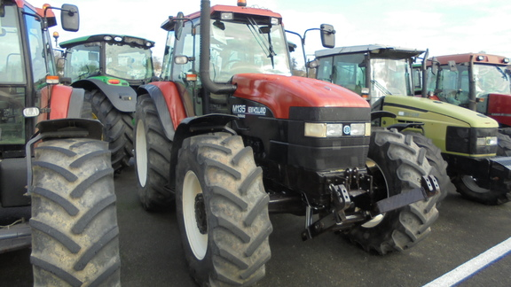 New Holland M 135 DT