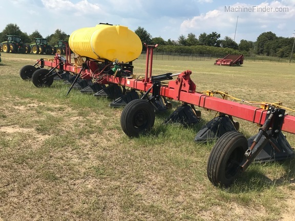 Other 12 ROW HOODED SPRAYER