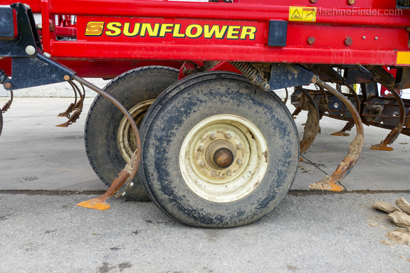 2012 Sunflower 5056-22