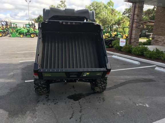 2019 John Deere XUV825M S4