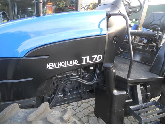 New Holland TL 70