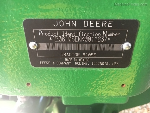 Photo of 2017 John Deere 6105E