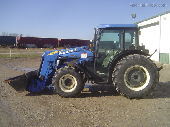 New Holland T4030