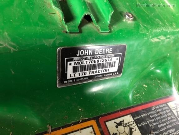 Photo of 2003 John Deere LT170