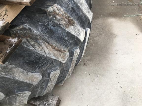 Firestone 800/70R38