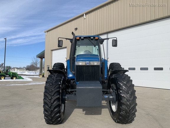 1997 New Holland 8870 Image 7