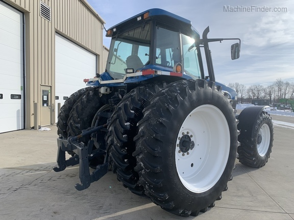 1997 New Holland 8870 Image 3