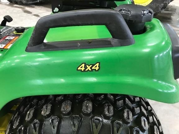 John Deere X738