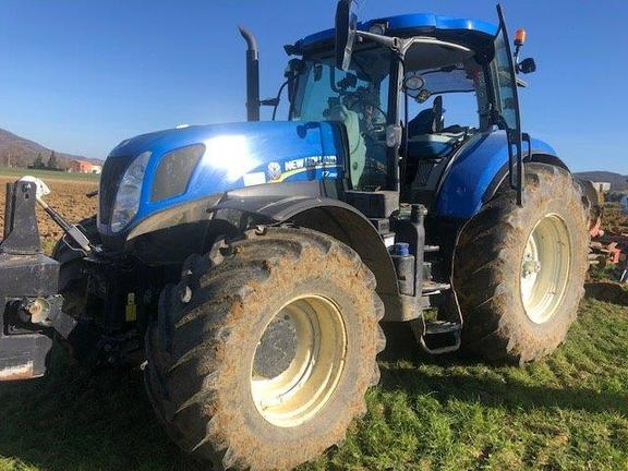 New Holland T7 250