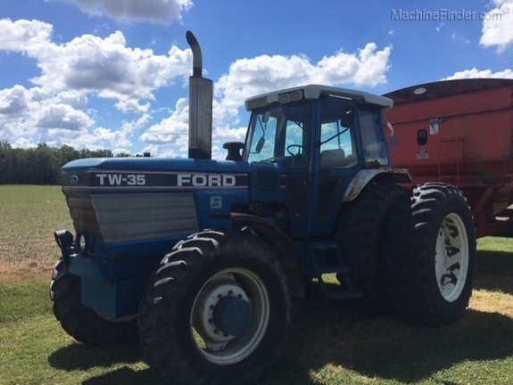 1987 Ford TW35 Image 2