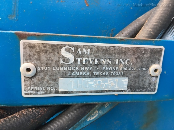 2013 Sam Stevens 12 Row Sand Fighter