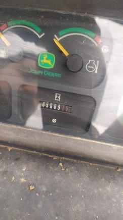 John Deere 5515F