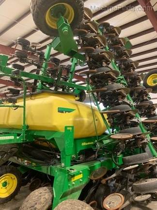 Photo of 2012 John Deere 1990