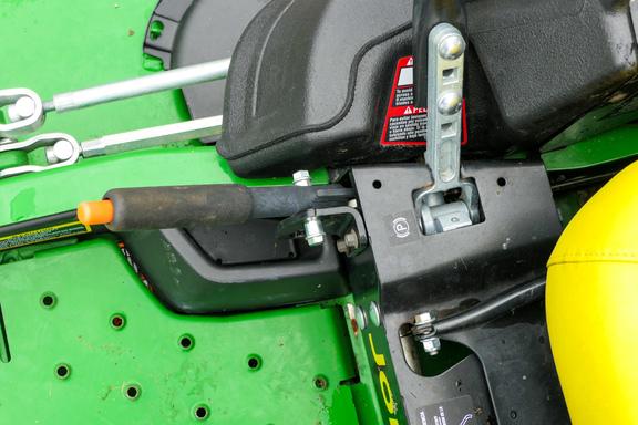 2017 John Deere Z930M-9