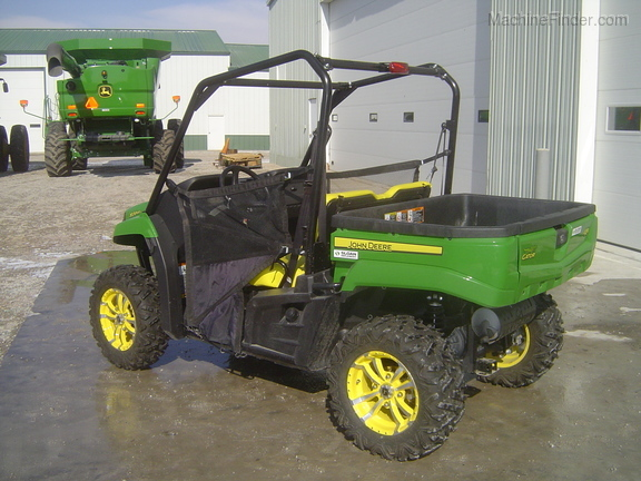 John Deere 590i