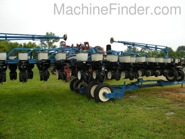 Kinze 2300 Planters Drawn For Sale 99517