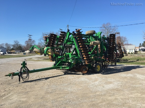 Photo of 2015 John Deere 2620