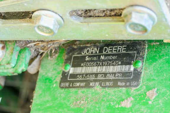 2003 John Deere 567-10