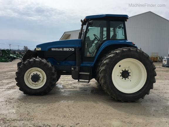 Photo of 1994 New Holland 8970