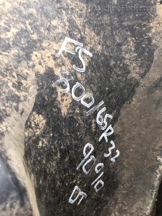 John Deere 800/65R32 T&W