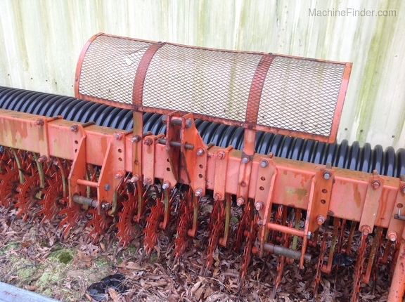 Photo of  Yetter 3421