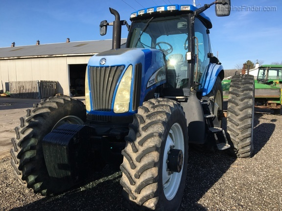 2004 New Holland TG210