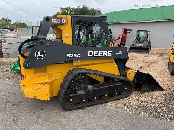 Pre-Owned John Deere 325G in St Cloud, FL Photo 2