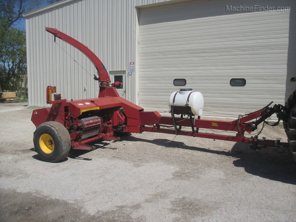 2006 New Holland FP240 Image 1