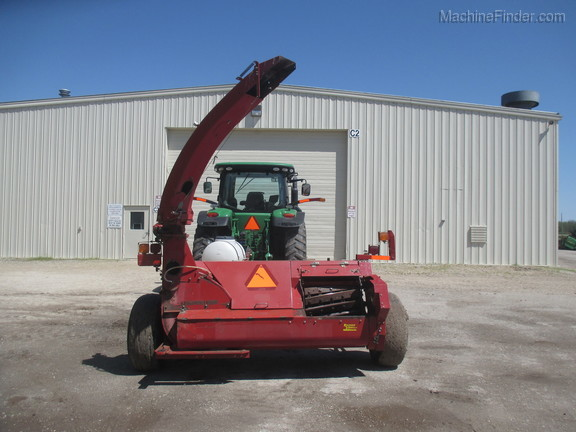 2006 New Holland FP240 Image 7